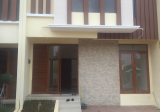 Townhouse Exclusive (tinggal 8 unit), kwalitas Prima, Strategis