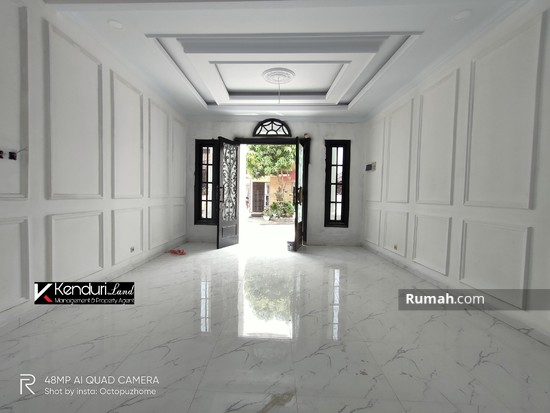 Rumah LUX MODERN CLASSIC private pool  98406161