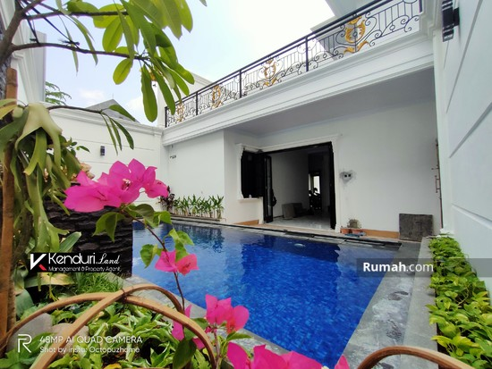 Rumah LUX MODERN CLASSIC private pool  98406170
