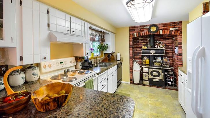 Perlu Diperhatikan Bahwa Dapur Banyak Memuat Peralatan Berbahaya Seperti Tabung Gas Kompor