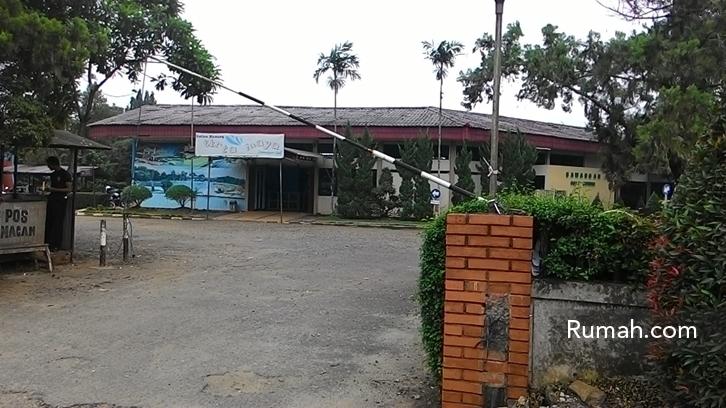 Centro Department Store Margo City