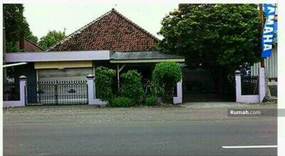 Dijual - Rumah raya by pass mojokerto