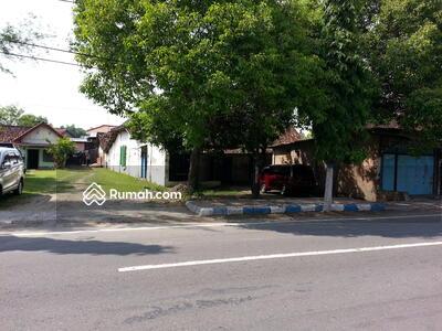 Dijual - Jl. Yos Sudarso, Madiun Lor, Mangu Harjo, Kota Madiun, Jawa Timur 63122, Indonesia