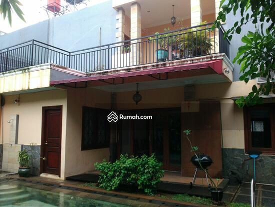 Minimalist and cozy house at pejaten pejaten jakarta for Minimalist house jakarta