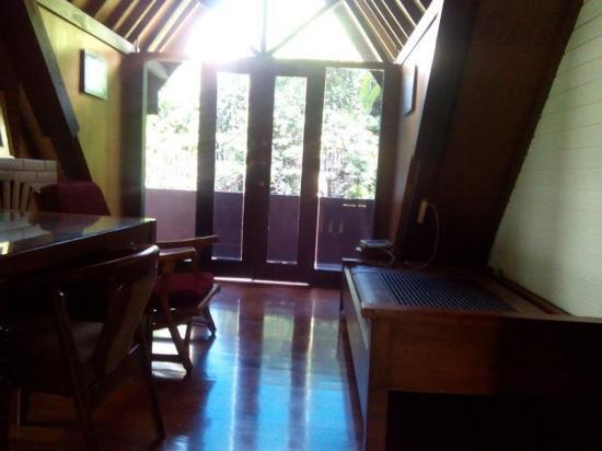 Sewa rumah full furniture ranca bentang ciumbeluit jalan for F furniture bandung