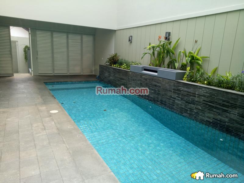 Minimalist house in kebayoran baru kebayoran baru for Minimalist house jakarta
