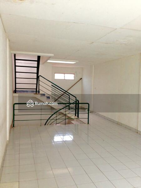 Rukan Gedung Gajah #104983409