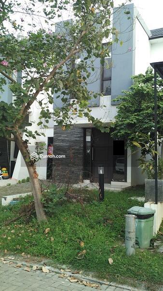 Rumah baru casa jardin 7x15 m 2 lantai timur laut jalan for Casa jardin daan mogot harga