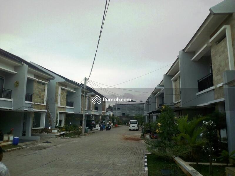Row Jalan Lebar