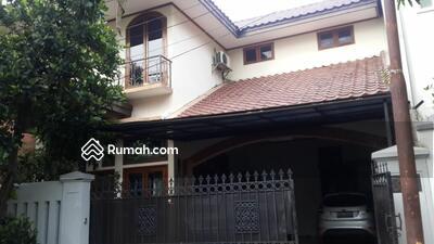Dijual - Rumah Dalam Komplek Perumahan Cipete