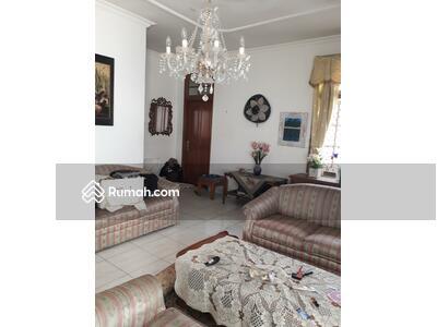 Dijual - Rumah Siap Huni, Dalam Komplek, Jl. Cendrawasih di Gandaria, Cilandak