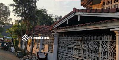 Dijual - 5 Bedrooms Rumah Pulo Gadung, Jakarta Timur, DKI Jakarta