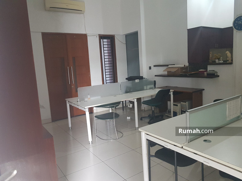 Dijual  ruang usaha di Wijaya I #86778769