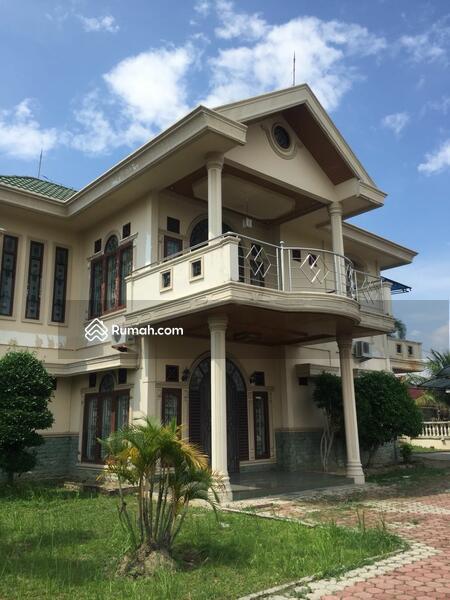 1030+ Gambar Rumah Mewah Dengan Halaman Luas HD Terbaik