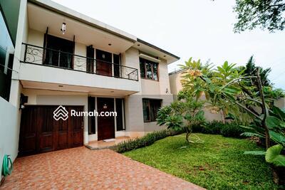Dijual - 4 Bedrooms Rumah Tomang, Jakarta Barat, DKI Jakarta