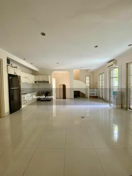 For Rent Rumah dalam Townhouse Dua at Kemang. Kwmang Barat #108510183