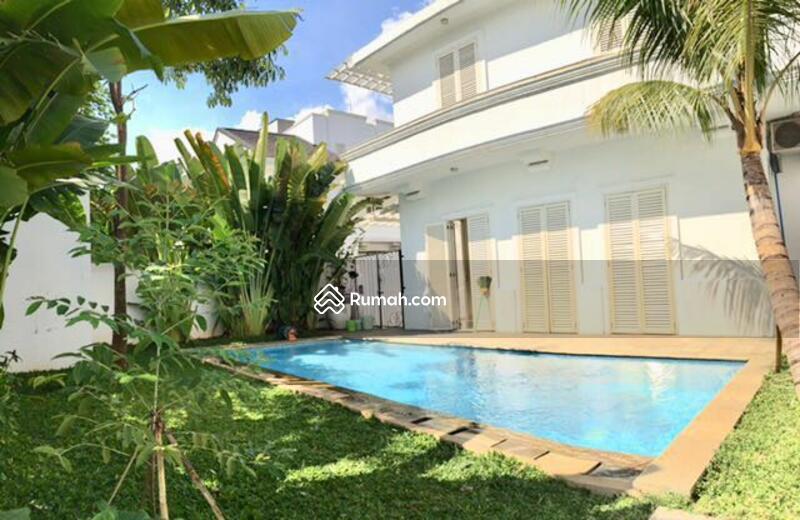 For Rent Rumah dalam Townhouse Dua at Kemang. Kwmang Barat #88500627