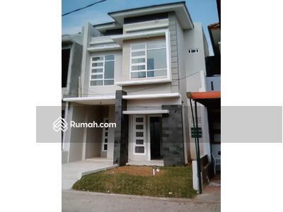 Dijual - Rumah 2 Lantai