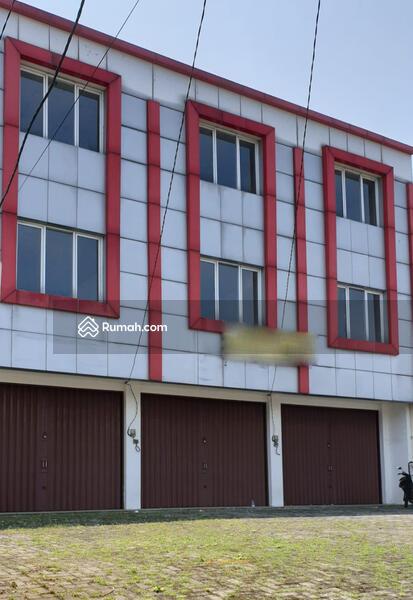 Ruko Strategis dan Menguntungkan di Kawasan Rempoa, Jakarta Selatan #89083941