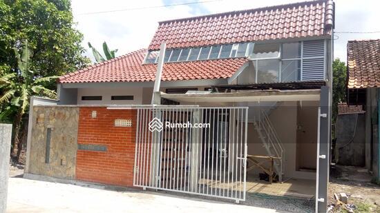 Rumah Mewah Unik Klasik Di Dekat Stadion Maguwoharjo Jalan Stadion Ngemplak Sleman Di Yogyakarta 3 Kamar Tidur 80 M Rumah Dijual Oleh Yanti Rp 880 Jt 16339259