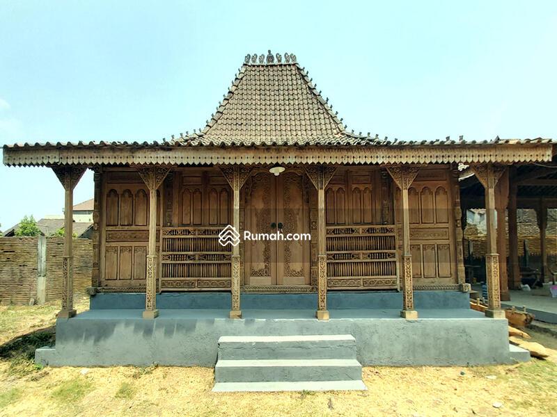 Jual Rumah Joglo Kudusan Soko 20 Gebyok Ukir 3D Tumpangsari Ukir Halus Spesial Antik Bahan Jati Kuno #91988817