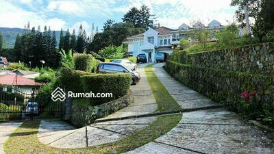 Dijual - Dijual Rumah Villa Cantik Harga Murah Dengan Tanah Yang Luas Di Cisarua Puncak Bogor, Bogor Jawa Bara