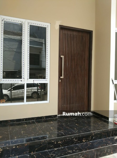 Rumah baru mantap full granite, sdh tinggi dari jalan #90230467
