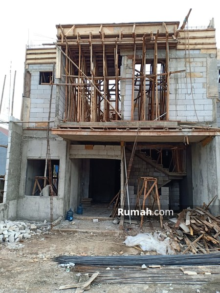 Miliki Hunian Exclusive 2 Lantai Dengan Desain Minimalis Modern