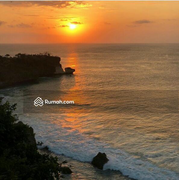 Tanah Los Tebing Kawasan Wisata Pantai Balangan Bali