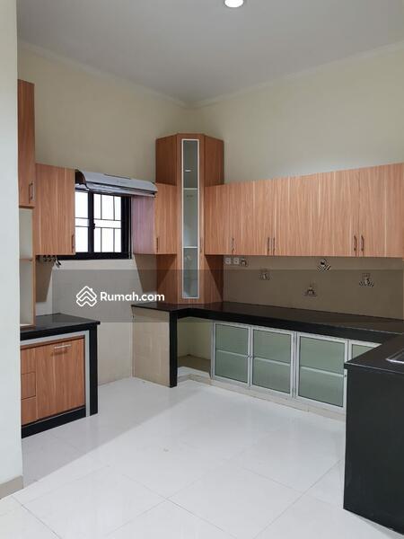 Rumah bagus harus terjual di jalan menteng tanjung duren jakarta barat jadi R.2.35M #91037697