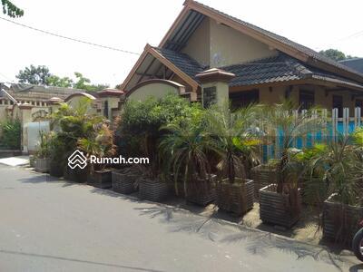 Dijual - Rumah  Sangat Murah BU Tanah Luas Jauh Dibawah Appr. Bank di Cipinang