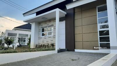 Dijual - Perumahan Baru Nuansa Villa di Arcamanik atas Sindanglaya Dekat Secaba