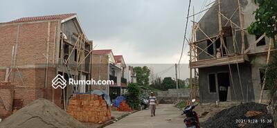 Dijual - Cluster Mewah Pinggir Jl. Raya