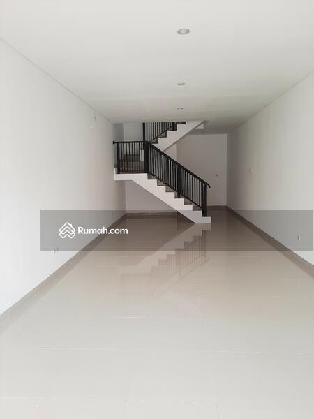 Ruko Komersil Cocok untuk kantor dan usaha #96244281