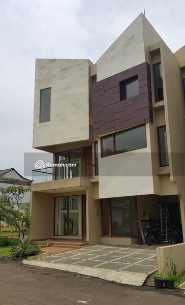 Rumah Murah Mewah Lokasi Di Pinggir Jalan Daerah Jakarta Selatan #92555359