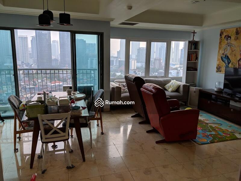 Apartment Ambassador #92828053