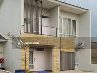 Dijual - Rumah 2 Lantai Hanya 500 Jt an