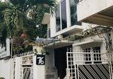 Rumah 2 Lantai di Bintaro