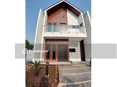 Dijual - Rumah mewah di Jatiwaringin murah bayar mudah