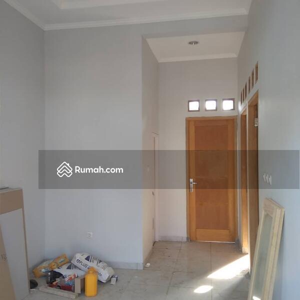 Rumah ready stock di tanah baru Beji Depok