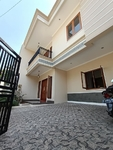 Rumah Baru Siap Huni Model Clasic Modern Mewah Lingkungan Aman Nyaman Di Duren Sawit Jakarta