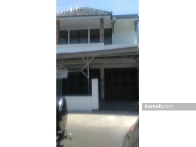 Disewa - Disewakan Rumah 2 Lantai Jl. Kawi-kawi Bawah, Johar Baru
