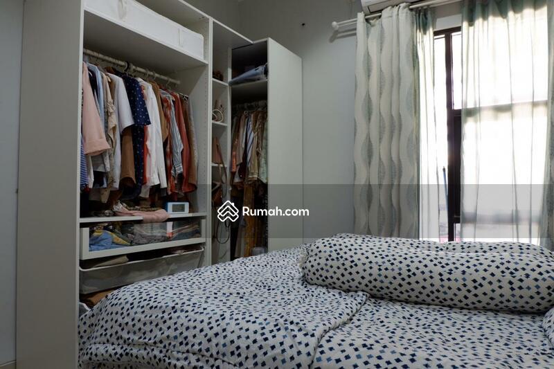 Disewakan Rumah Full Furnished Design Minimalis Siap Huni #93991849