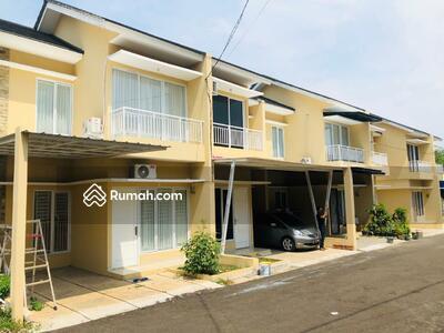 Dijual - Rumah 2 Lantai Mewah 500 Jutaan Cocok Untuk Investasi Kost Mahasiswa Dekat Kampus BSD