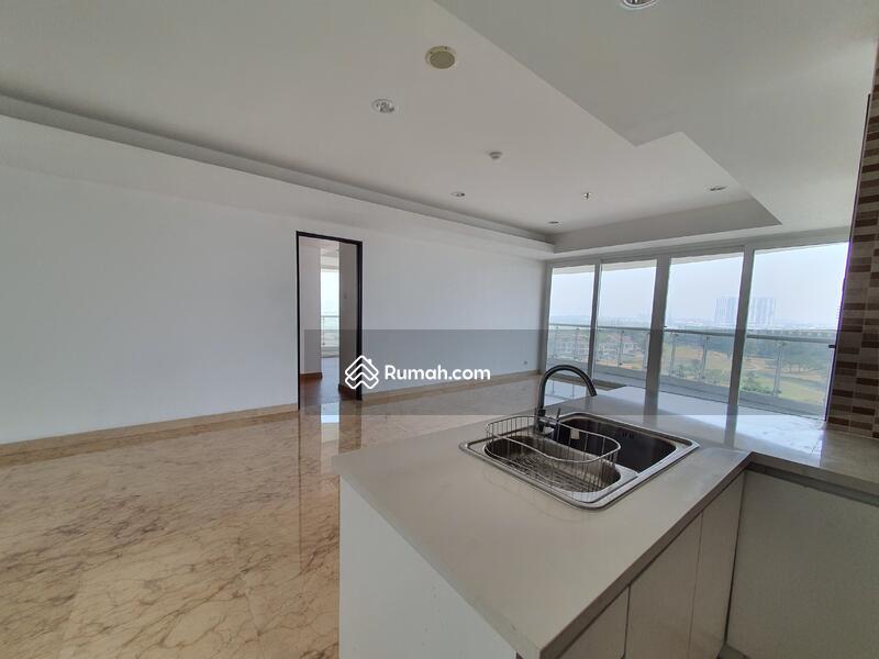 Royale Springhill Residence #94064309