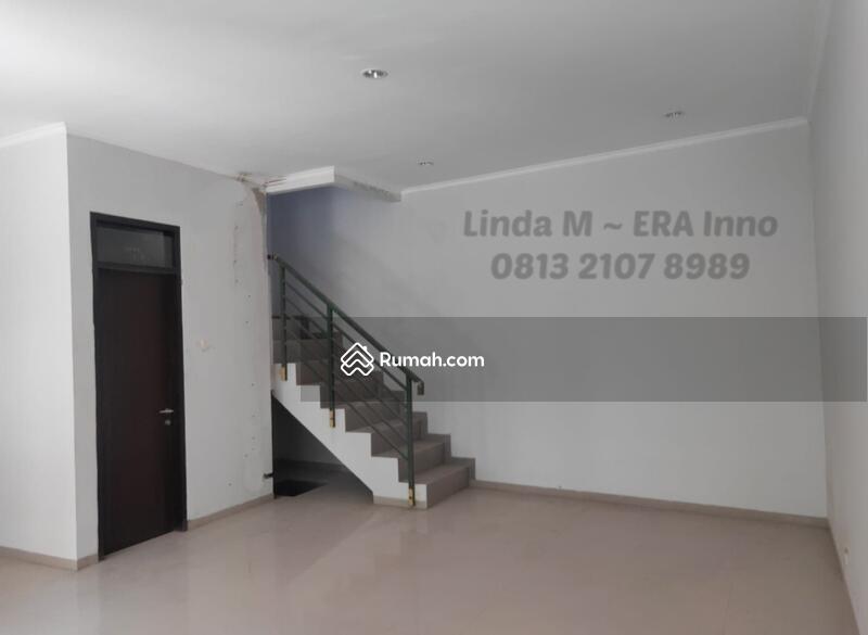 Rumah baru di Mekarwangi, cocok untuk keluarga baru #94095743