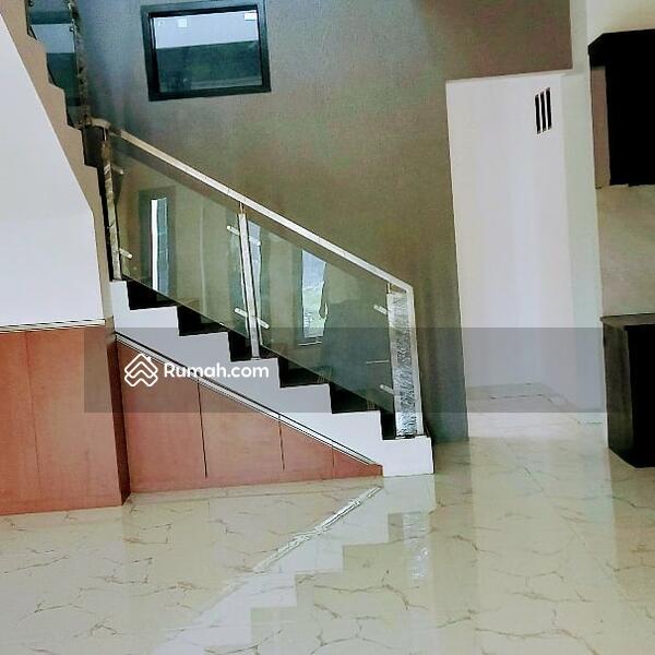 Rumah di Jatiwaringin Cluster One Gate System #94146609