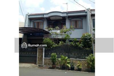 Dijual - Rumah Bangunan Kokoh dan Terawat Lokasi di Jatiwaringin Jakarta Timur