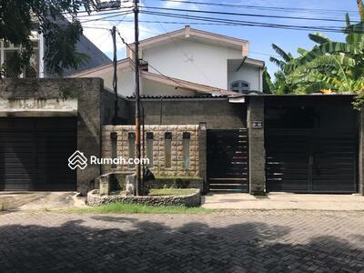 Dijual - Rumah hanya 200meter dari Raya Jemursari
