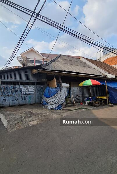 Harga di Bawah NJOP, Rumah Hitung Tanah di Palmerah, Cocok Dibikin Kos-kosan, Akses Jalan 2 Mobil #108114869